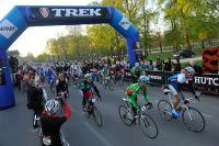 Le départ du premier Paris-Roubaix Challenge est donné !