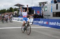 Grega Bole se redresse victorieusement : il entre dans le cercle des triomphateurs de Plouay