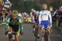Steve Chainel s'incline au sprint derrière Sven Nys : il termine 4ème à Pontchâteau