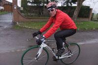 Bernard Hinault, vainqueur de Paris-Roubaix 1981, prodigue de précieux conseils
