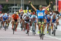 Andrea Guardini termine comme il avait commencé : bras levés