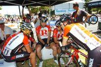 Lance Armstrong et ses coéquipiers de RadioShack