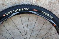 Test du pneu Cougar d'Hutchinson
