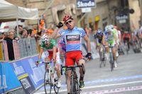 A Macerata, Cadel Evans repousse tous ses adversaires au classement général