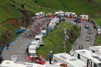 Le peloton du Tour de France dans la montée vers Luz-Ardiden
