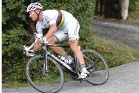 Hushovd réalise un nouveau numéro dans la descente du Col de Manse