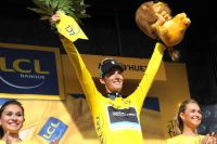 Andy Schleck s'empare du maillot jaune au soir de la 19ème étape