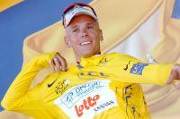 Philippe Gilbert en jaune au Mont des Alouettes