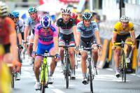 Les principaux favoris du Tour de France arrivent ensemble à Super-Besse Sancy