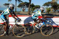 Les coureurs du Tour de Rio se rendent sur la ligne de départ