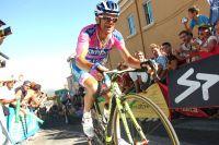 Michele Scarponi grimace dans les pentes à 28 pourcents