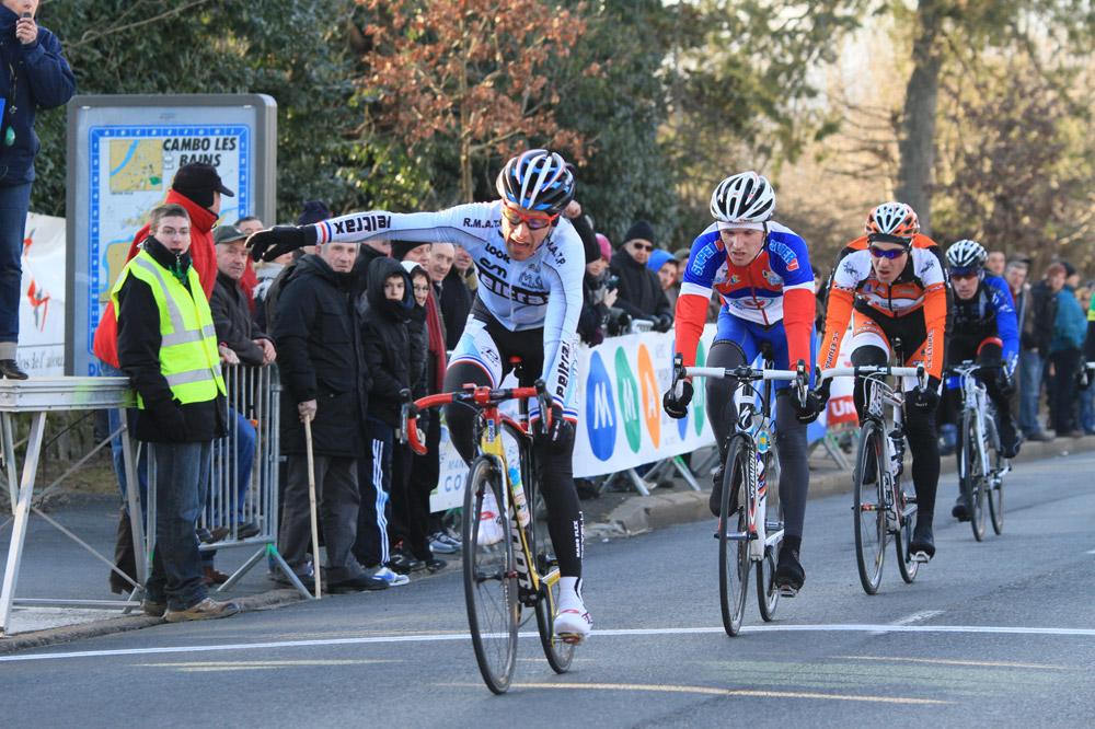 A Cambo-les-Bains, Samuel Plouhinec obtient un premier succès sous les couleurs du Team Peltrax