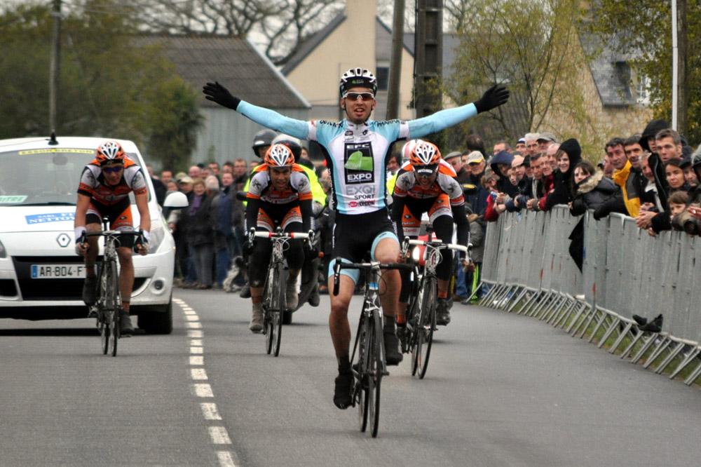 Louis Verhelst règle les trois coureurs d'Etupes au sprint