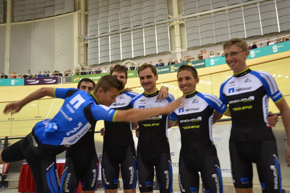 Les coureurs de NetApp-Endura dévoilent leur nouveau maillot