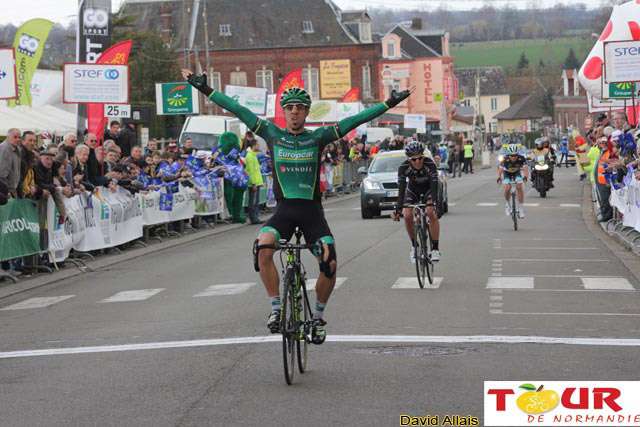 Jérôme Cousin conclut victorieusement une échappée marathon