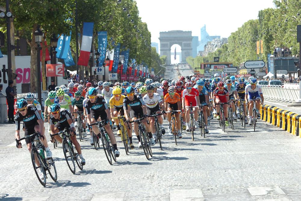 Le Tour de France se conclut sur les Champs-Elysées