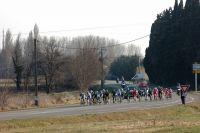 Le peloton cassuré sur les routes de l'Etoile de Bessèges