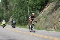Dès les premières rampes de l'Independence Pass, Jens Voigt s'isole