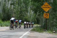 Les poursuivants s'enfoncent dans les forêts du Colorado