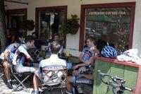 Pause café pour Tyler Farrar et les Garmin-Sharp