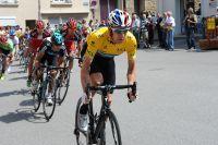 Bradley Wiggins relance en jaune