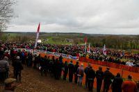 Des milliers de spectateurs aux abords du circuit de Quelneuc