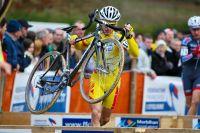 Rudy Kowalsky monte bien haut le vélo au passage des planches