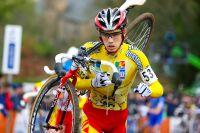 Camille Dubois préfère porter son vélo pour courir