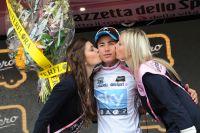 Sergio Henao ne compte pas lâcher le Maillot Blanc sur ce Giro