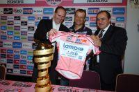 Alberto Contador éliminé, Michele Scarponi hérite du maillot rose et du trophée du Giro