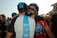 Mark Cavendish savoure son succès en équipe