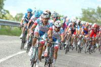 Les Androni Giocattoli, ici Carlos Ochoa et José Rujano, tentent en vain d'agiter la course