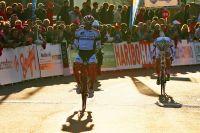 Après 180 kilomètres ensemble, Romain Hardy s'impose devant Clément Koretzky