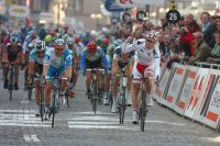 Alexander Kristoff s'impose au sprint sur les pavés de La Panne