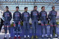 Les coureurs de BigMat-Auber 93 au départ du Tour du Haut-Var 2012