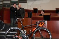 Emmanuel Hubert présente le nouveau vélo pour la saison