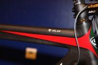 C'est bien indiqué, c'est un vélo de CLM !