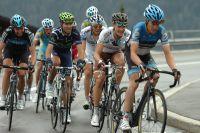 Thibaut Pinot s'accroche dans le sillage de Nicolas Roche et Alejandro Valverde
