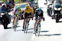 Dans la descente de Peyresourde, le podium du Tour 2012 s'établit