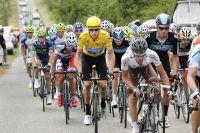 Bradley Wiggins remonte en jaune vers Paris