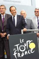 Le Président François Hollande en visite sur le Tour