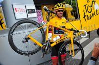 Avec Fabian Cancellara, le maillot jaune a la classe