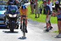 Bradley Wiggins en jaune file vers son premier succès d'étape dans le Tour de France