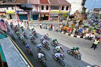 Le peloton explore la Malaisie