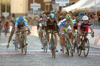Edvald Boasson-Hagen pousse un cri de victoire sur les pavés italiens