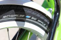 Equipé de pneus Schwalbe confortables