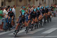 Richie Porte emmène le Team Sky dans les rues de Pampelune