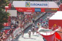 Le sprint est serré entre Daniele Bennati et John Degenkolb