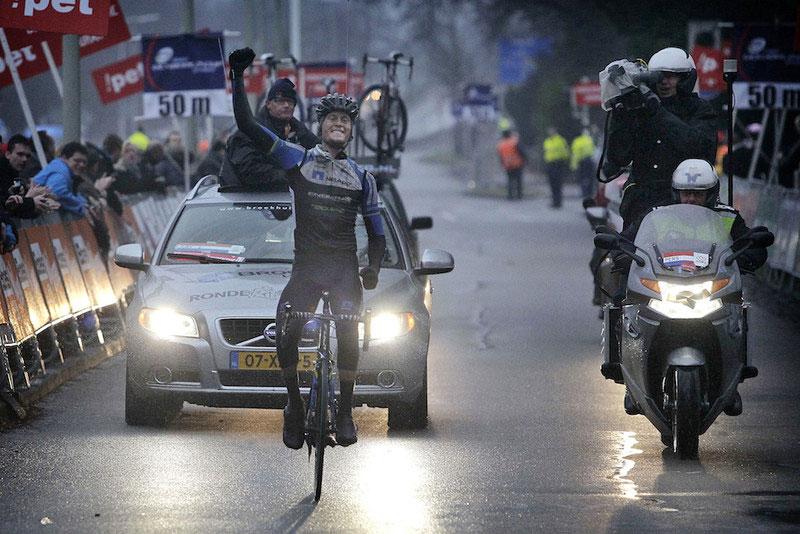 Alexander Wetterhall triomphe d'un rude Tour de Drenthe