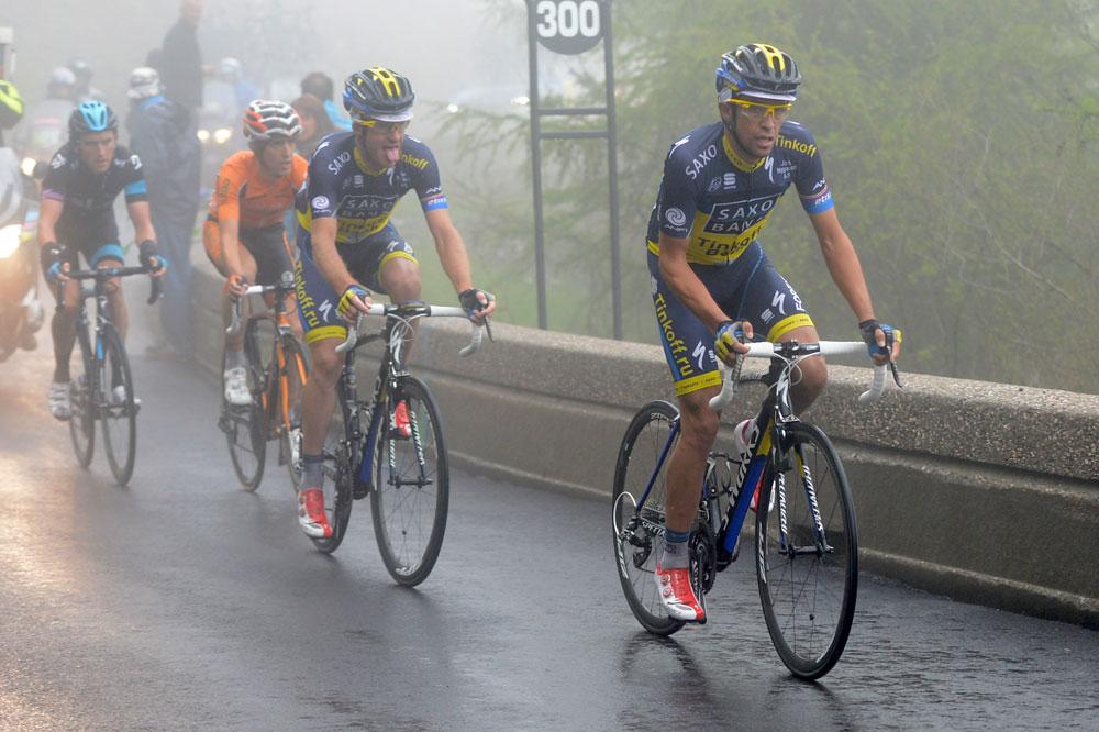Alberto Contador réduit au rôle de gregario pour Michael Rogers